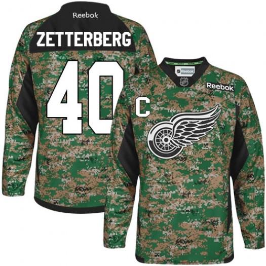 Henrik Zetterberg Detroit Red Wings Men's Reebok Authentic Camo Veterans Day Practice Jersey