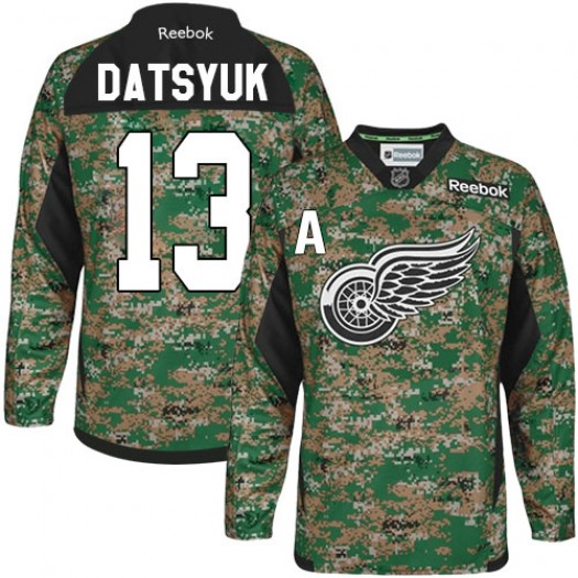 Pavel Datsyuk Detroit Red Wings Men's Reebok Authentic Camo Veterans Day Practice Jersey